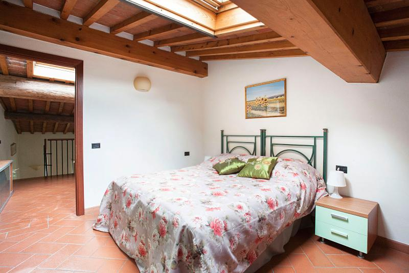 Very nice and confy bedroom with electric window on the roof