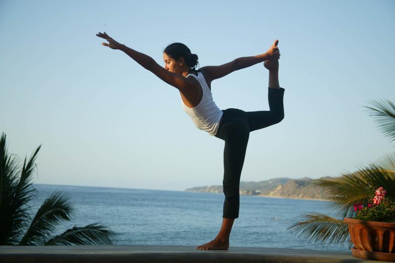 Yoga on the beach at Cabinas Ola Mar