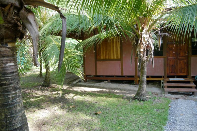 Casa TiTi at Cabinas Ola Mar