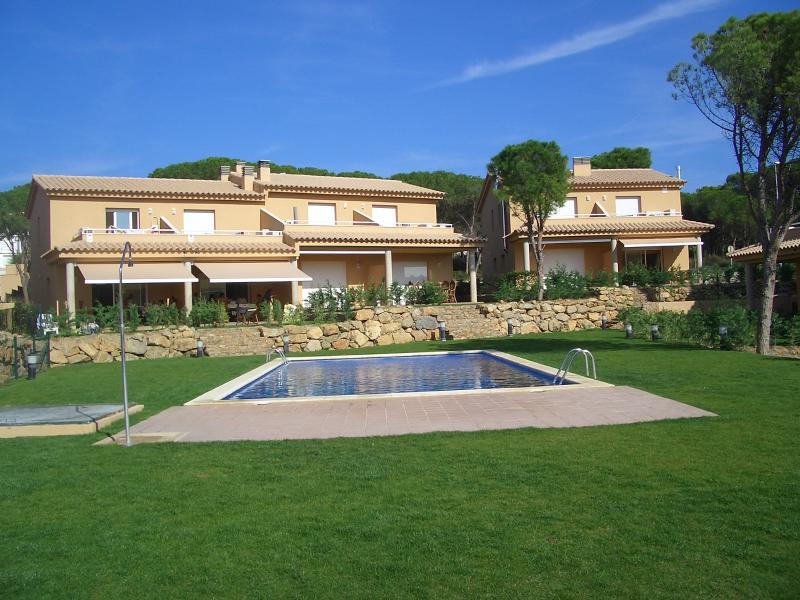Silvia Perez, vacation rental in L'Escala