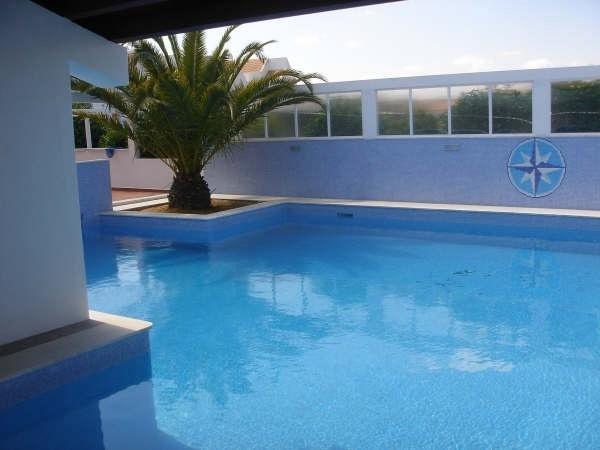 Pool for Beach apartment Praia Lota