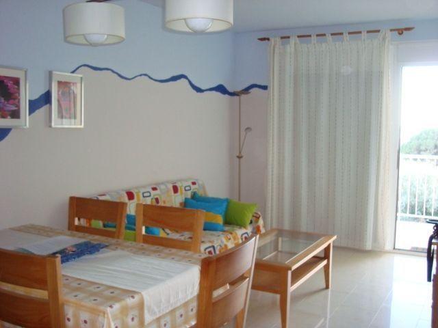 Apartamento HUTTE-002573-56, holiday rental in Terres de l'Ebre