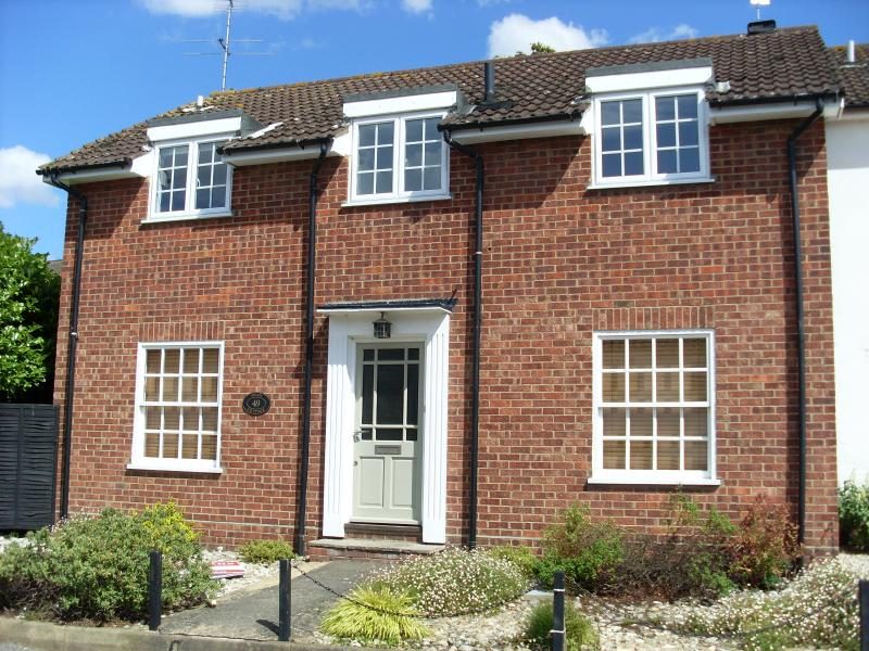 Swan Cottage, holiday rental in Ludham