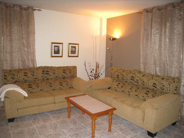Comedor-estar, ideal salón para grupos, con gran terraza y lindas vistas