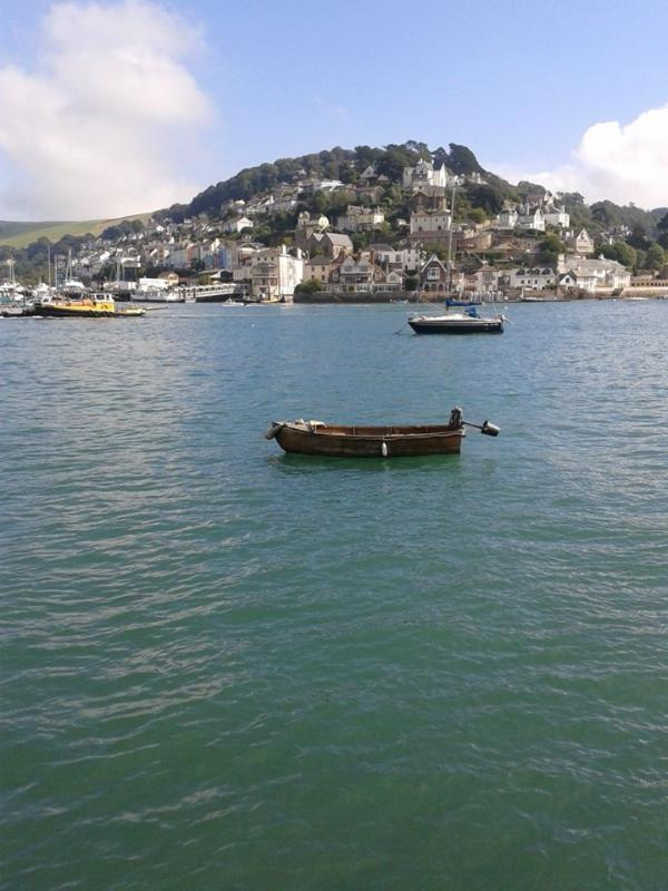 De Dartmouth et à travers à Kingswear...