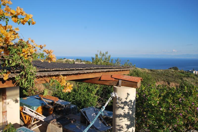 Villetta terasia Lipari Eolie WIFI, vacation rental in Aeolian Islands
