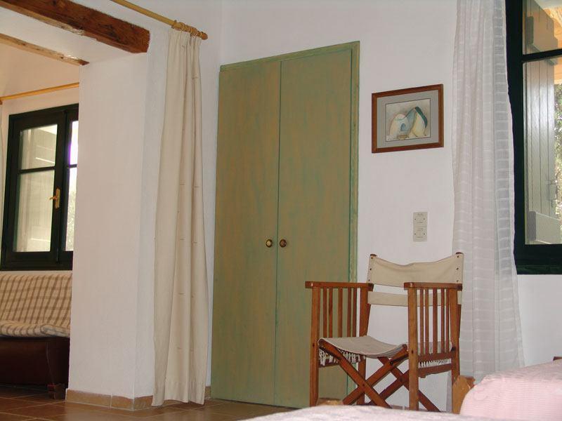 simple furnishings