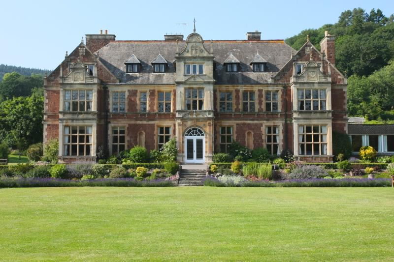 Knowle Manor