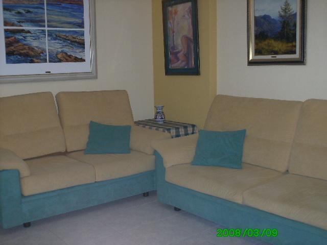Salón con sofá-cama