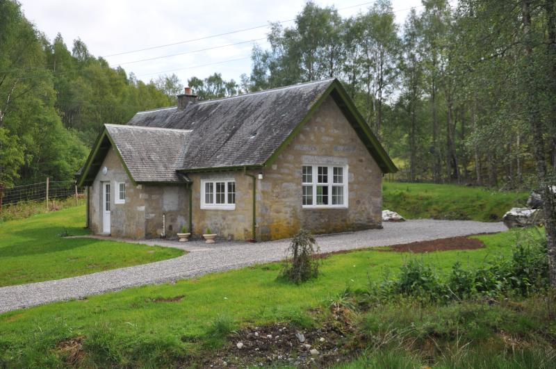 Laundry Cottage, holiday rental in Loch Ness
