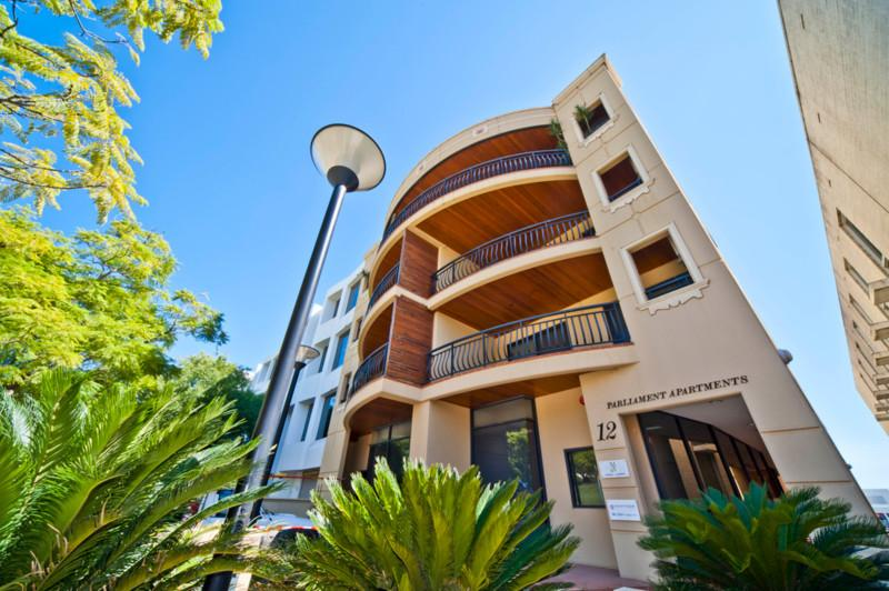 8 PARLIAMENT PLACE, vacation rental in Greater Perth