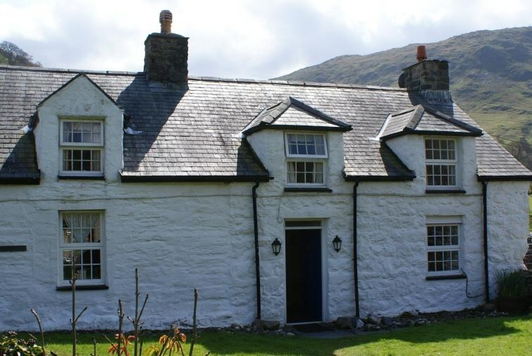 Tyn-y-Fach is an 18th century grade II listed semi-detached cottage with many original features.
