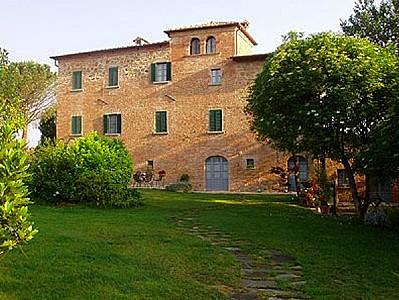 Pozzo della Chiana Villa Sleeps 6 with Pool and Air Con - 5228554, vacation rental in Badicorte
