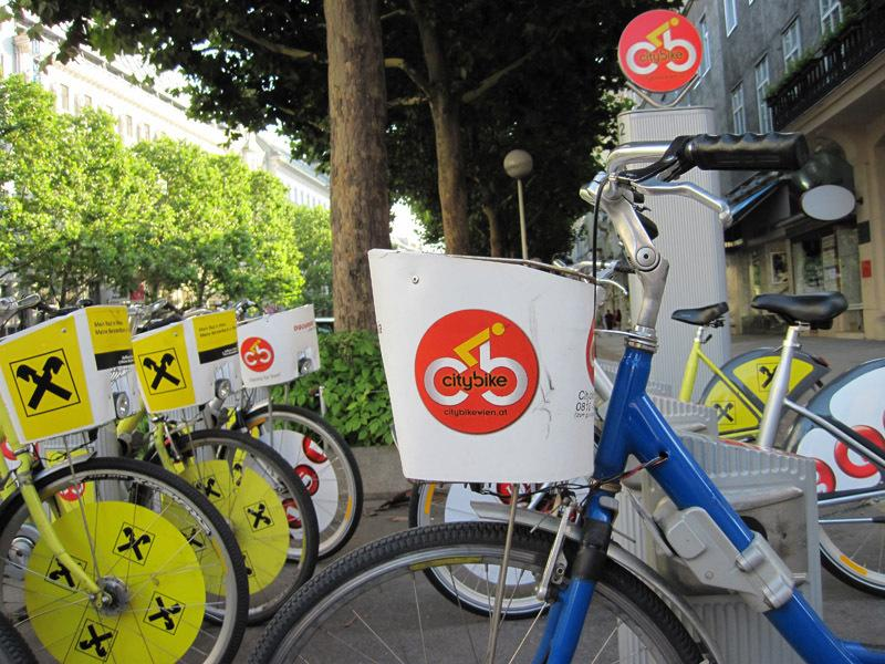 bike renting station 40 metres from the house