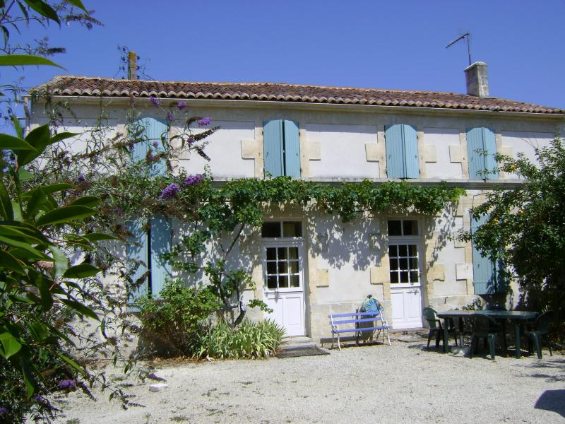 Chasselas, holiday rental in Cresse