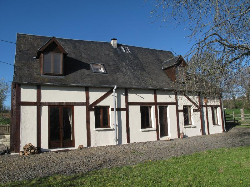 La Befferie 3 bedroom holiday cottage all rooms ensuite in Manche, Normandy, France