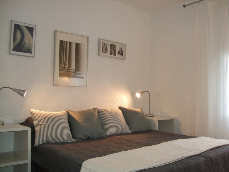 Bed 2 with superking or twin beds, fitted wardrobes, bedside chests, lamps, mirrors, cupboards