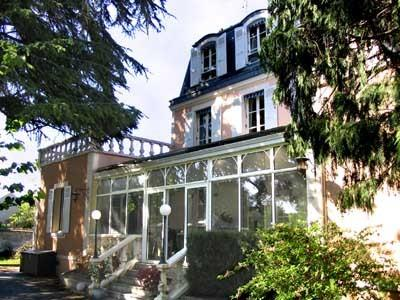 Le Jardin Secret B&B, the house seen from the garden