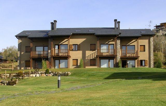 Apartamento de 120 m2 para 8 p, holiday rental in Palau-de-Cerdagne