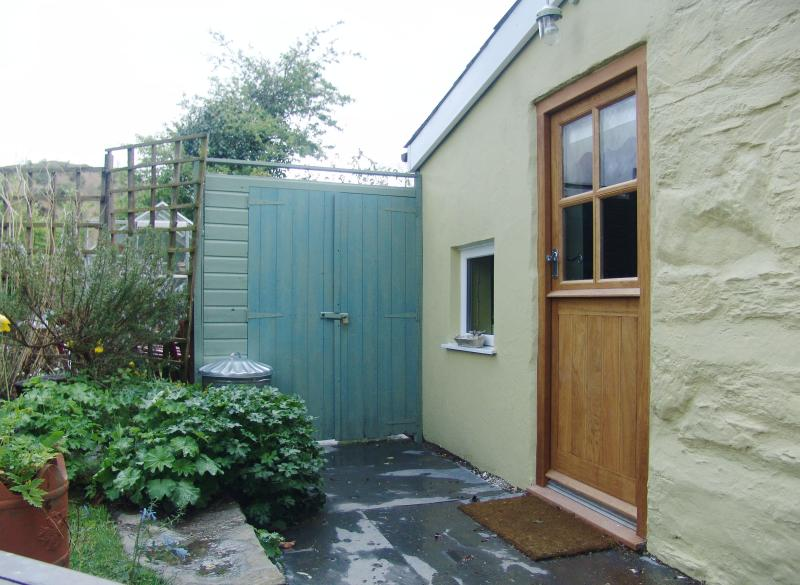 Back stable door onto patio area