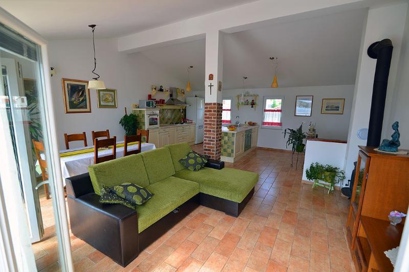 Luxury Sibenik Holiday House, vacation rental in Sibenik