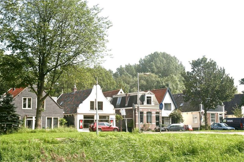 Noorderpark View, free parking at 300m, top location, holiday rental in Amsterdam