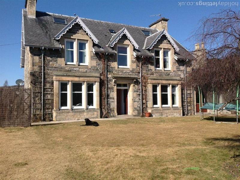 Rosemount Holiday Home, vacation rental in Grantown-on-Spey
