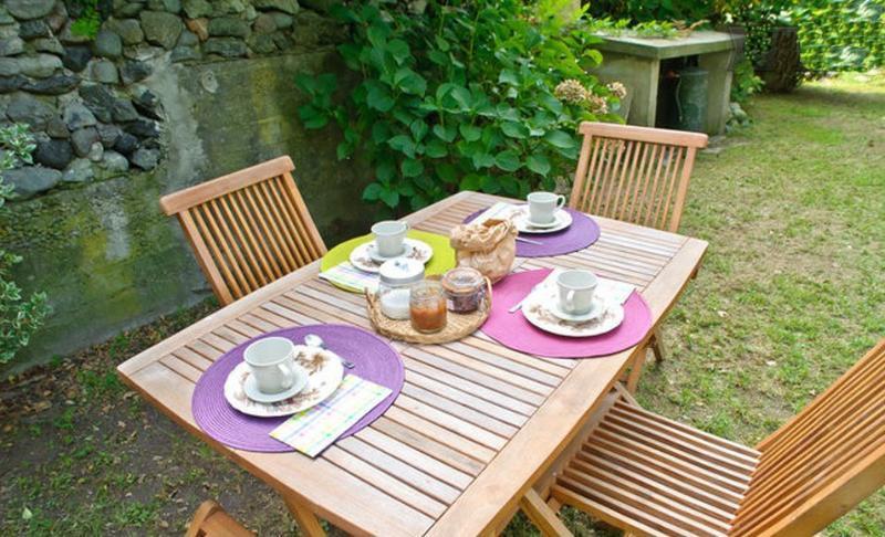 Jardin, petit déjeuner