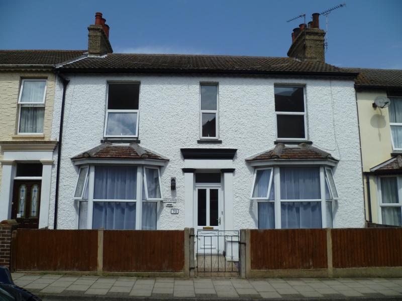 Mallard Cottage front