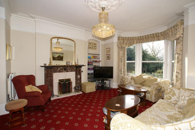 Large Lounge with lots of comfortable seating plus a 42in 3D Flat screen TV, Freesat & Blu ray DVD.