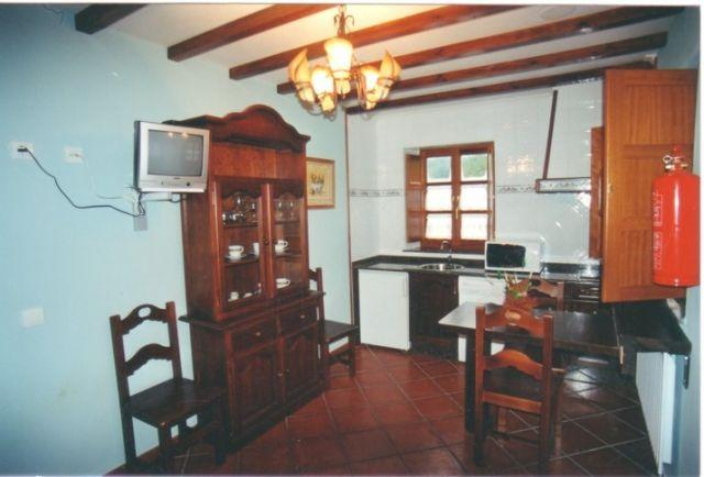 Apartamento perfecto para parejas en Arancedo, aluguéis de temporada em Valdepares