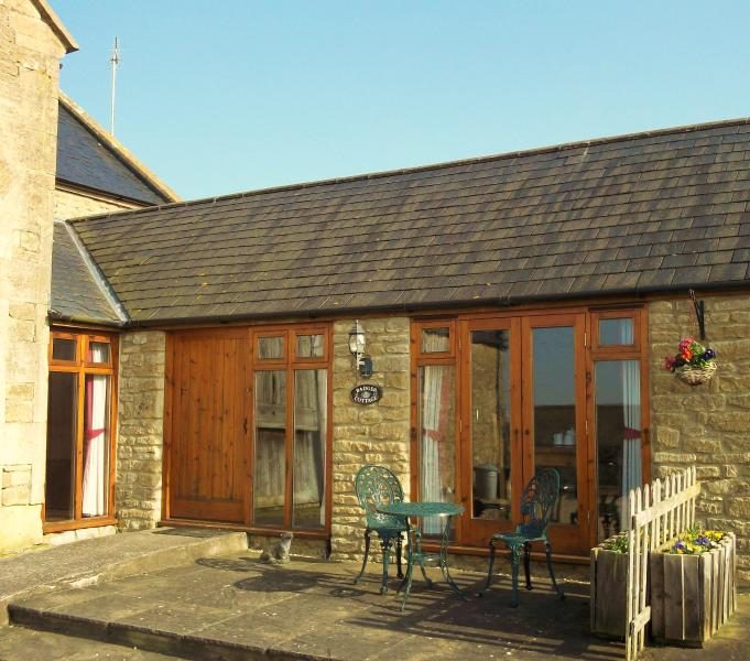Badger Cottage, holiday rental in Dyrham