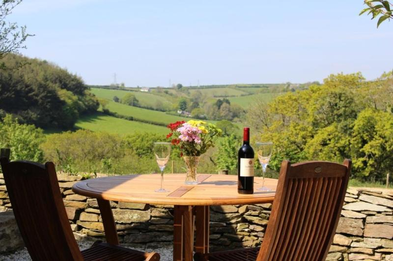 View over the Looe valley from outside patio area of the luxury cottage