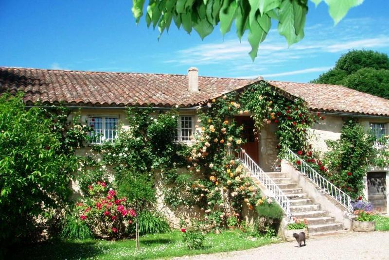 La Guissare, en limite du Périgord pourpre, vacation rental in Cours-De-Monsegur