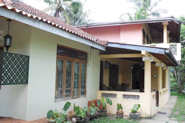 Hillok on Rice fields, holiday rental in Illukkumbura