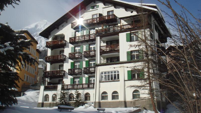Apartment House Altein