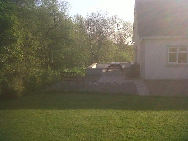 BBQ Area Rear of Rosswood Cottage
