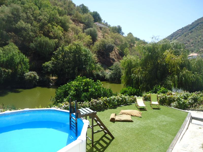 CASA RIACHO - PINHAO - DOURO, holiday rental in Vila Real District