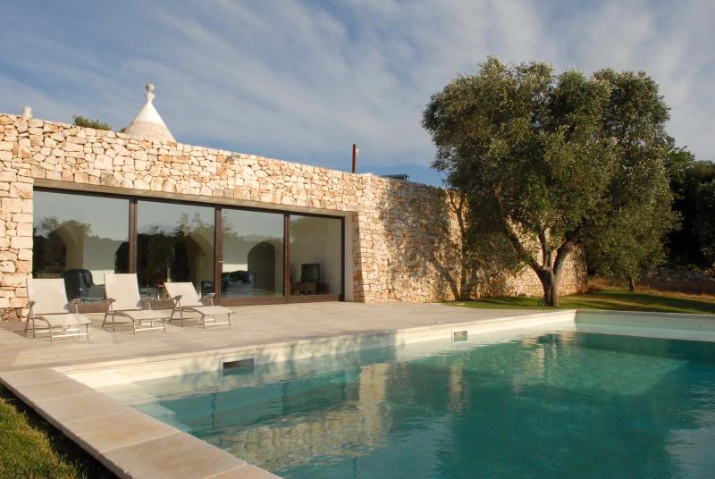 Trullo Solari pool