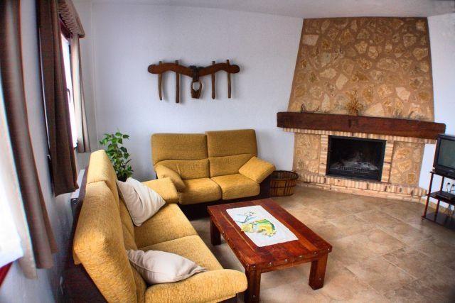 Casa Rural Ca'l Gonzalo, alquiler de vacaciones en Fuentelcarro