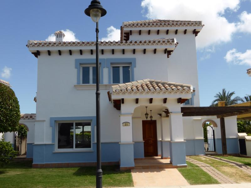 Beautiful and Spacious , 'Villa Ceiba ' Fantastic Location on Resort