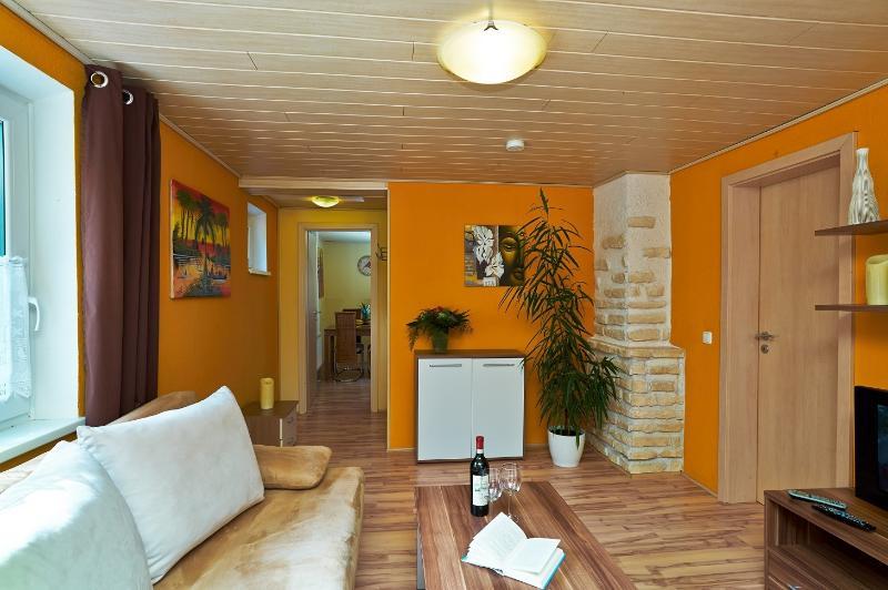 Ferienhaus Seitz, holiday rental in Dietringen