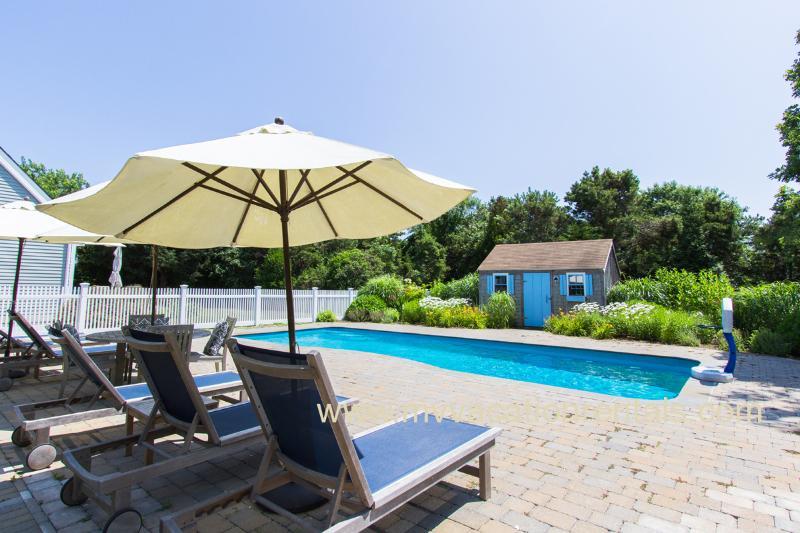 Pool, Gardens and Pool House