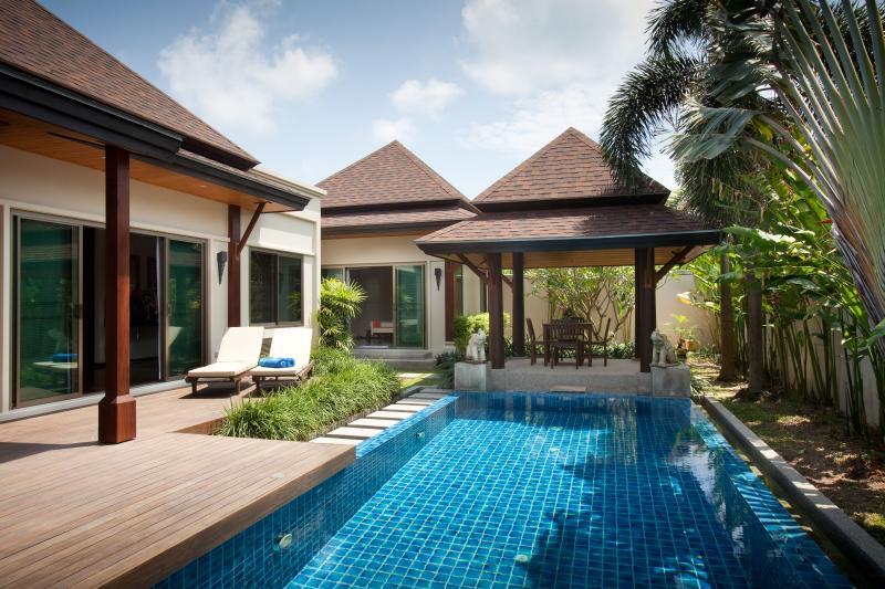 Phuket Sun Villa, location de vacances à Nai Harn