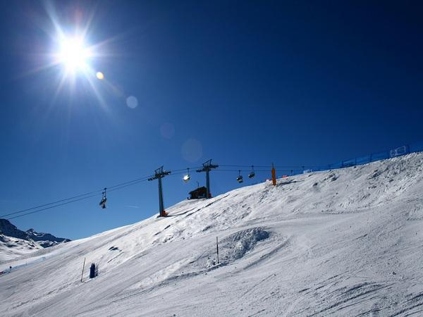 Salice Chalet Apartment ~ Take to the slopes!