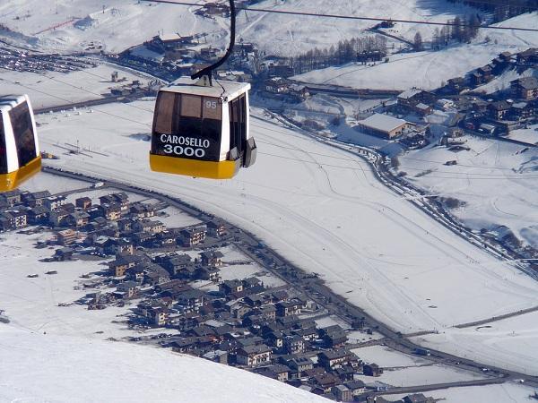 Vetta Chalet Apartment ~ Family fun on the slopes!