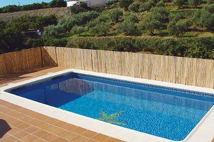 private pool (6 x 4m) with views