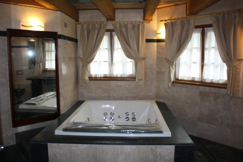 Suite  Casa Vacanza La Rocca, holiday rental in Chiuro