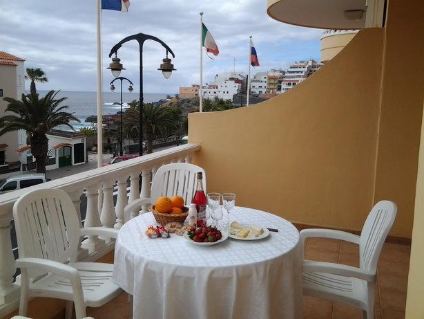 Apartment Playa de la Arena (Puerto de Santiago), holiday rental in Puerto de Santiago