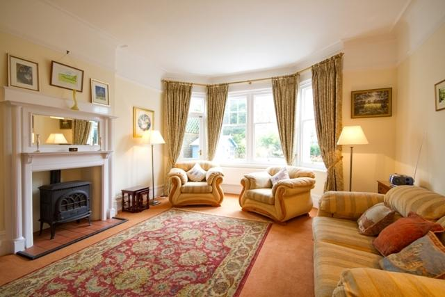 Tranquil, spacious sitting room